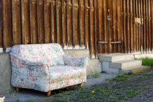 sofa-326824_1920